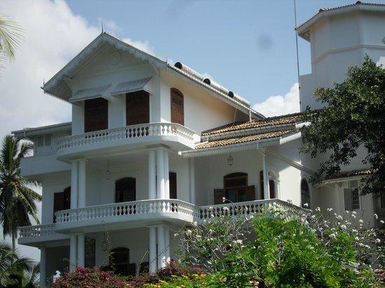 """La Maison Nil Manel:                   vue d""""ensemble de la Maison"""