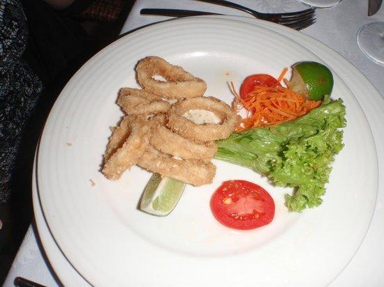 Grand Bahia Principe El Portillo: Seafood Restaurant, calmari starter