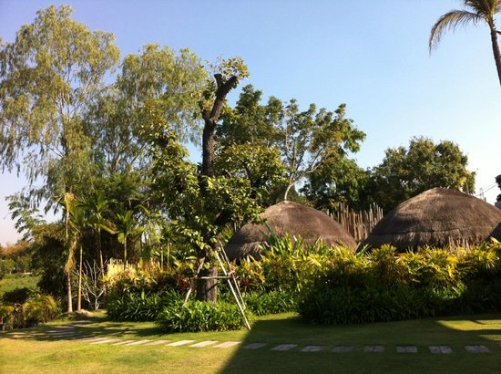 Zensala Riverpark Resort:                   mini villas from the outside
