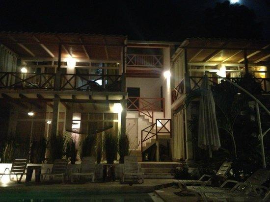 Principe del Pacifico: left side of the house