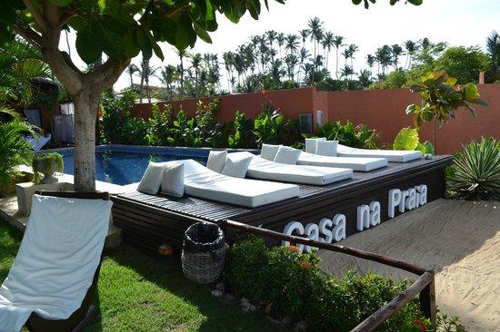 Casa na Praia:                   Deck da piscina