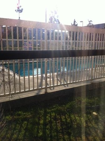 Hampton Inn Los Angeles / Orange County / Cypress: pool view from room 128
