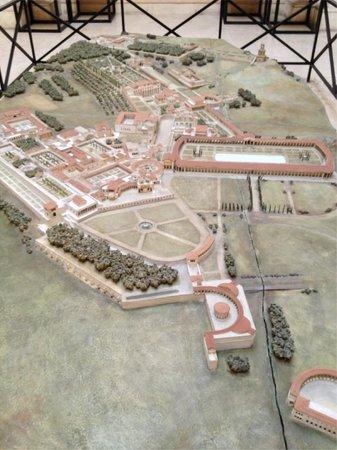 Museo della Civilta Romana:                   Museum model
