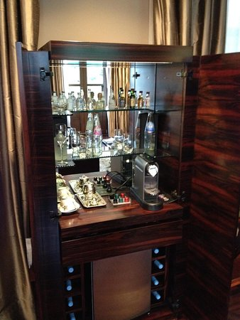Algodon Mansion - Relais & Chateaux: Mini Bar in Room