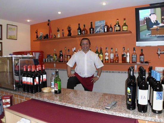 Concorde: The Main Man, Super service and entertainments manager - Tony