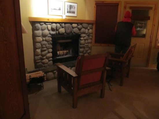 Buffalo Mountain Lodge:                                     wood fireplace
