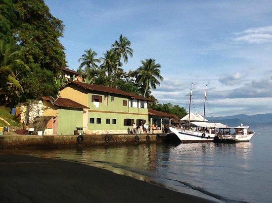 Pousada Nautilus:                   Vista do ancoradoro e da recepção