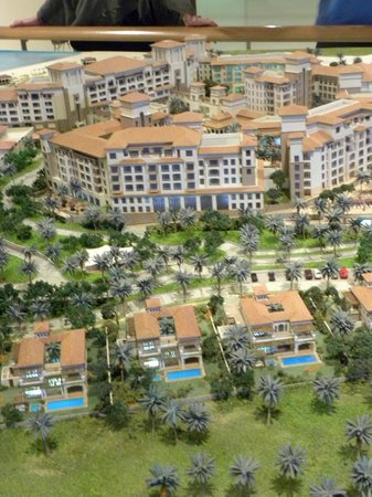 Manarat al Saadiyat :                   Plastico Abu Dhabi 2030