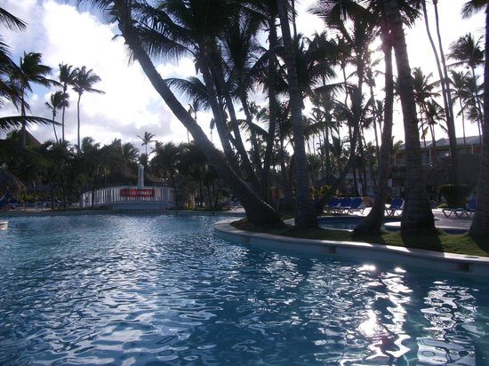 VIK Hotel Arena Blanca:                   Aménagement de la piscine