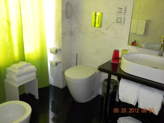 Grand Hotel Palace: Bathroom