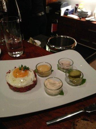 Rutz Restaurant - Weinbar:                   tartare