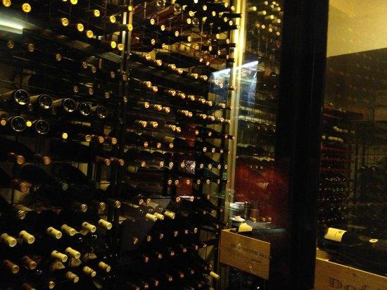 Rutz Restaurant - Weinbar:                   la cave