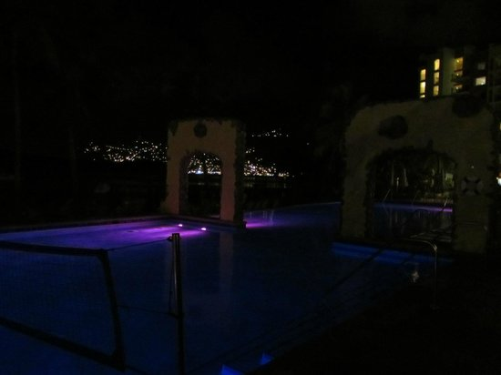 Marriott's Frenchman's Cove:                   Pool at night