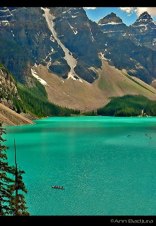 View of Moraine Lake and the beautiful colour
