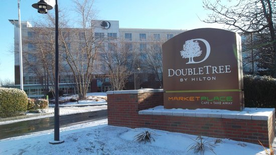 DoubleTree Club by Hilton Hotel Boston Bayside:                                     Winter picture of hotel entrance