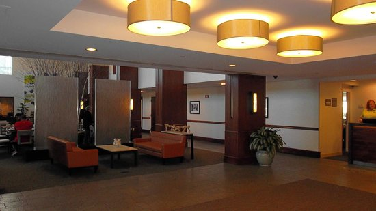 DoubleTree Club by Hilton Hotel Boston Bayside:                                     Lobby and entrance to cafe