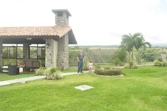 Hacienda Los Molinos Boutique Hotel :                   Alredededores del Hotel