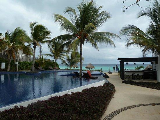 Le Reve Hotel & Spa:                                     Pool