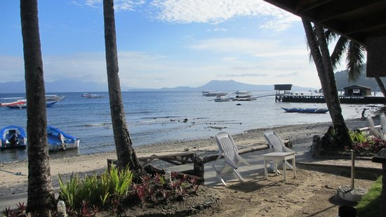 Club Mabuhay Lalaguna Resort: view from breakfast area
