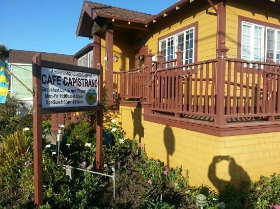 Cafe Capistrano Half Moon Bay California