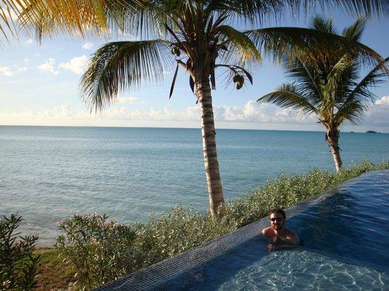 Cocobay Resort:                   The Big Pool