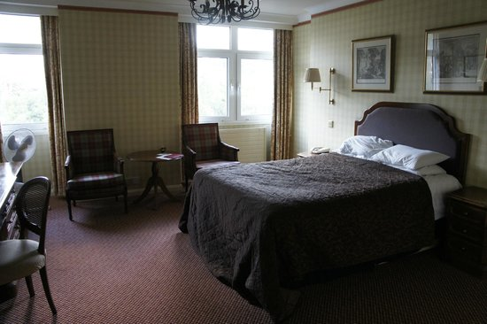 The Imperial Hotel:                   Bedroom 302