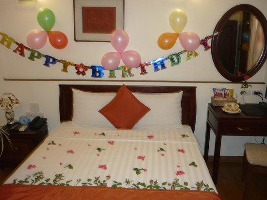 هانوي تشارمنج 2 هوتل:                   birthday welcome                 