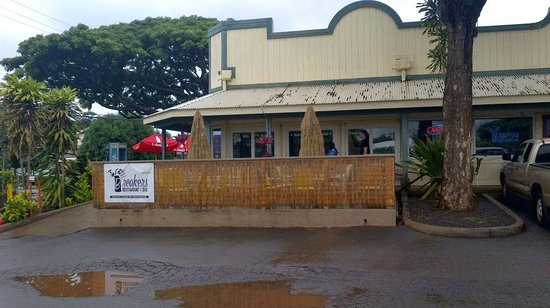Breakers Restaurant:                   Funky restaurant is clean and casual at lunch