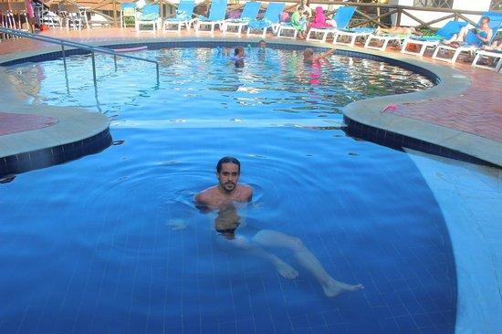 Rio Buzios Beach Hotel: Pileta