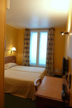 Hotel des Mines: twin room