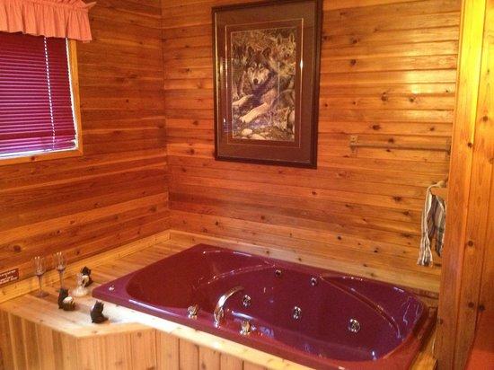 Barrier Bay Resort : Hot tub room