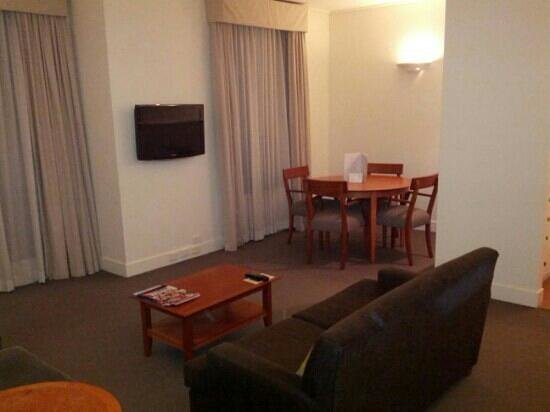 Mantra on Jolimont: Lounge area in 1 br apartment