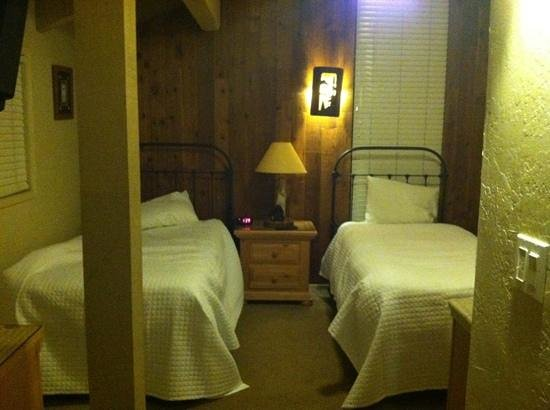 Aston Lakeland Village Beach & Mountain Resort: loft bedroom