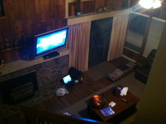 Aston Lakeland Village Beach & Mountain Resort: view of living room from the top of loft stairs