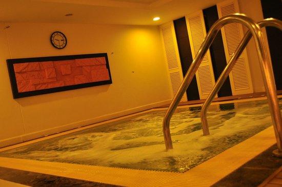 Kantary Hotel, Kabinburi : Jacuzzi
