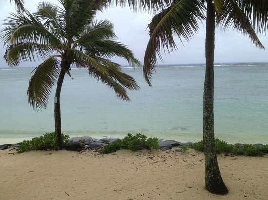 Sanctuary Rarotonga-on the beach: beach