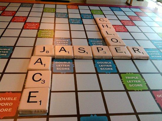 Джексон, Миссисипи: It is a life size scrabble board.
