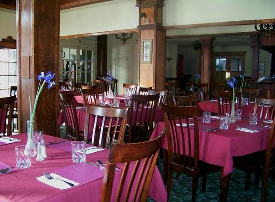 The Historic Union Hotel:                   Union Hotel Restuarant, seasonal hours apply