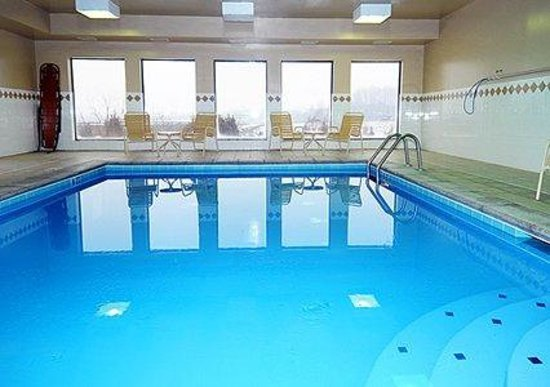 Comfort Inn: Indoor Heated Pool
