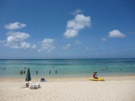 Aragusuku Beach:                   ビーチ