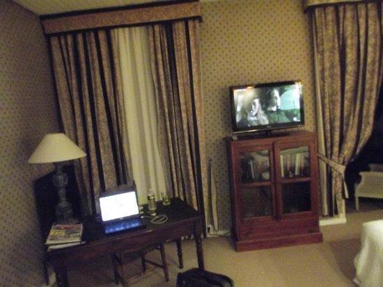 Hotel de Provence :                   Un très bon niveau déquipement