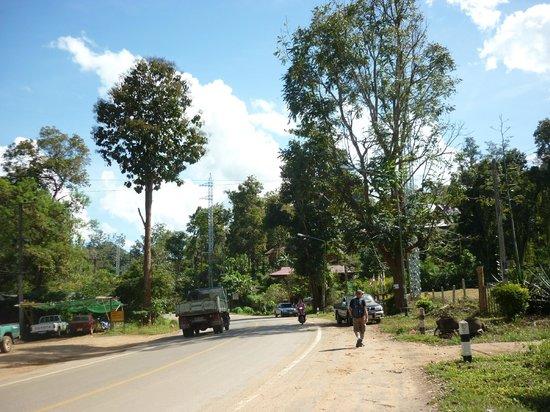 Road out of Pai: fotografía de Mae Hong Son Loop, Mae Hong ...