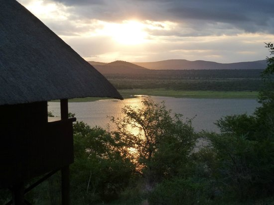 Nkwazi Lake Lodge:                   Sunset