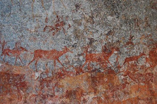 Matobo National Park : Nswatugi cave