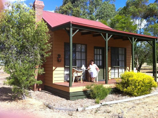 Mountain View Motor Inn & Holiday Lodge:                                     Relaxing on the verandah