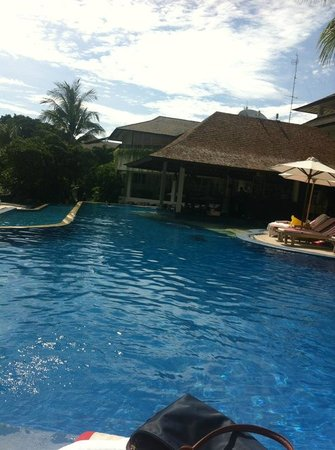 The Breezes Bali Resort & Spa:                   more pool to enjoy