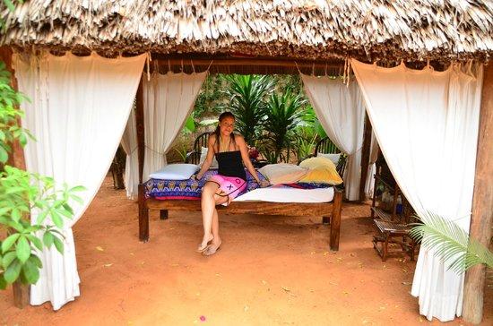 Mimi na Wewe...in Africa!:                   Il lettino dei massaggi preziosi