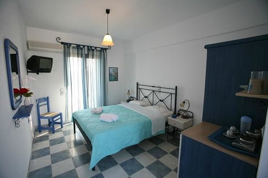 Maistrali Studios: double room (double bed)