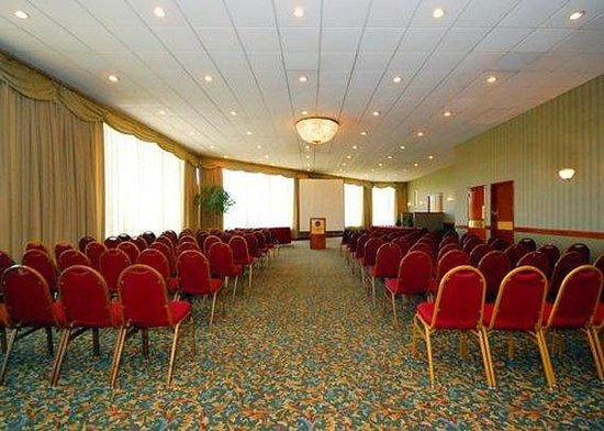 Comfort Inn Conference Center: meeting room