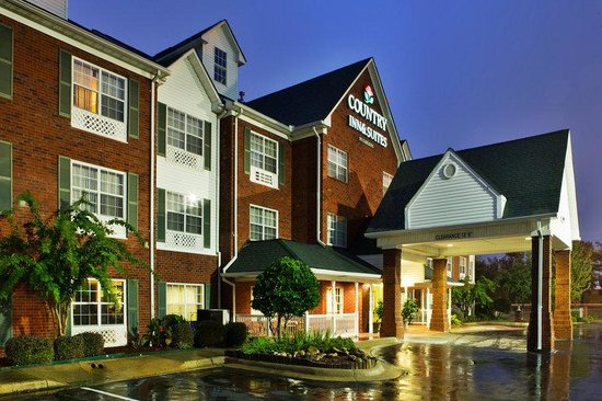 Country Inn & Suites By Carlson, Jackson-Airport: CountryInn&Suites JacksonAirport ExteriorNight